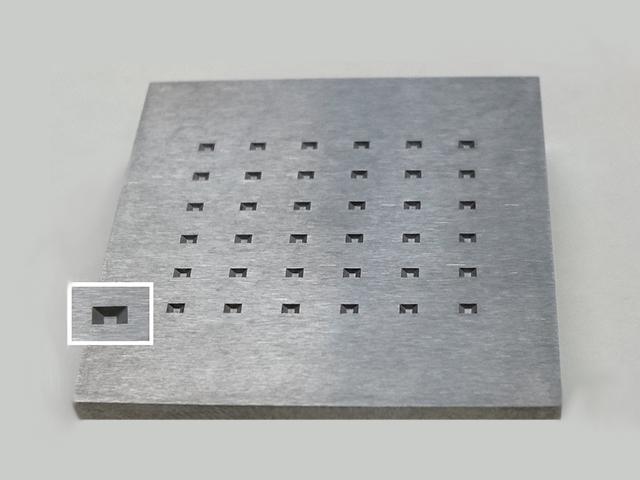 超硬への型彫り放電微細加工