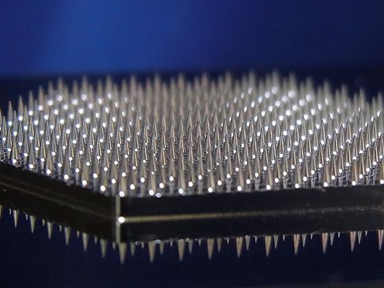 ここがすごいぞ米山金型のマイクロニードル